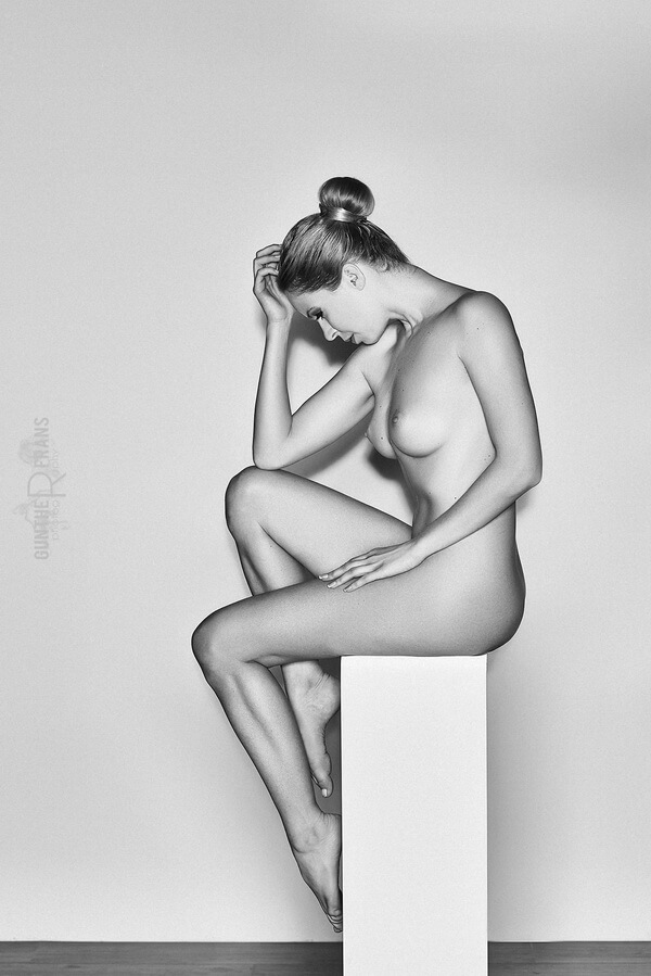 Henriette mueller nude